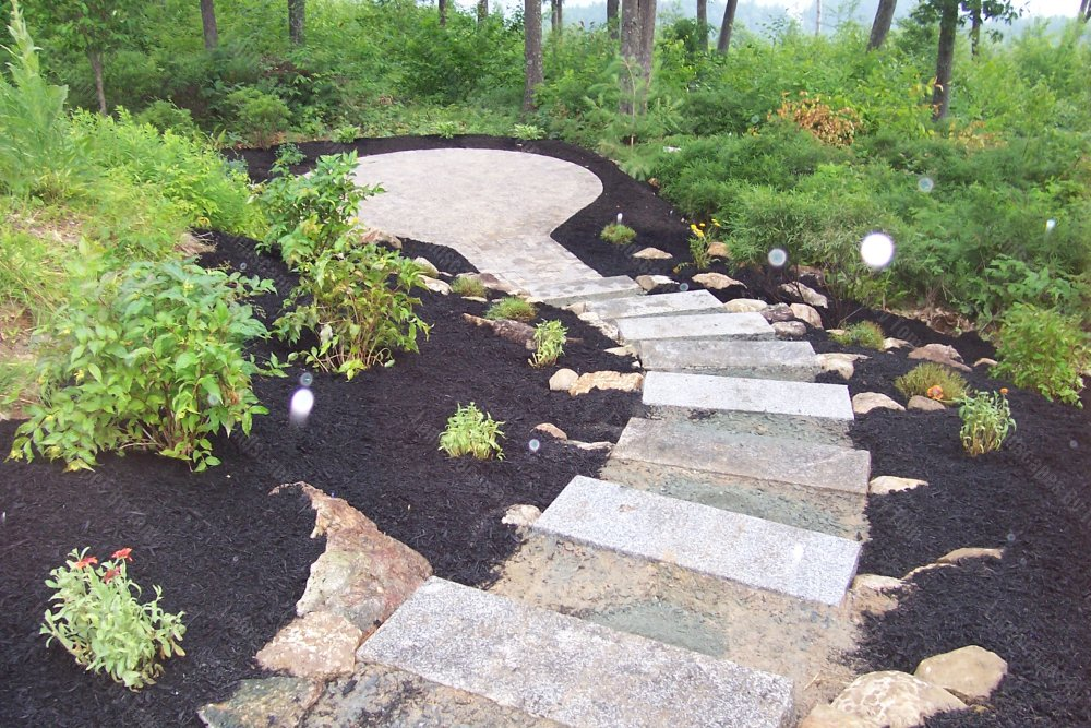 2013_10_progress_patio_in_lower_area_Here_the_view_towards_patio_shows_a_lot_has_been_done-min