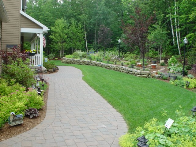 Belknap_County_landscaping_walkway_1_1-min