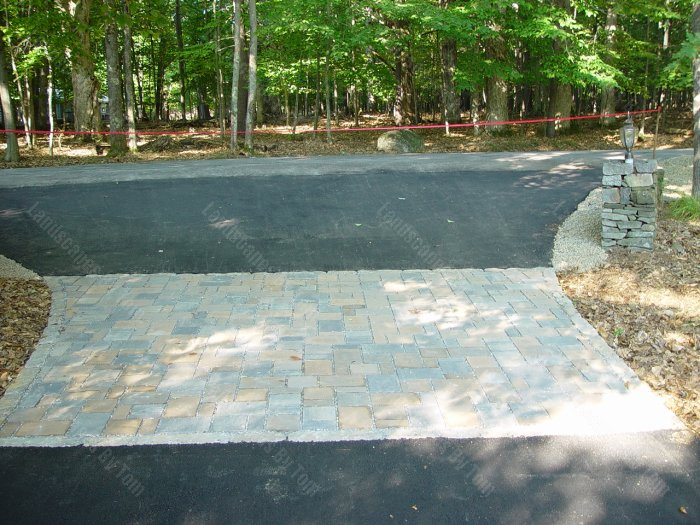 Permeable_Paver_AFTER_pic_of_area_in_driveway-min